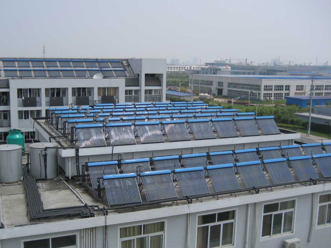 Polideportivo energía solar